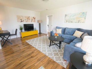 Furnished 2-Bedroom Home at W Orangewood Ave & Morgan Ln Garden Grove - Garden Grove vacation rentals