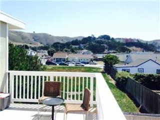 Furnished 1-Bedroom Apartment at Palmetto Ave & Santa Maria Ave Pacifica - Pacifica vacation rentals