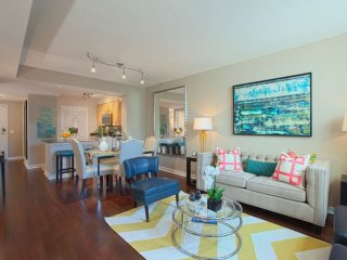 Furnished 1-Bedroom Apartment at Massachusetts Ave NW & 15th St NW Washington - Washington DC vacation rentals
