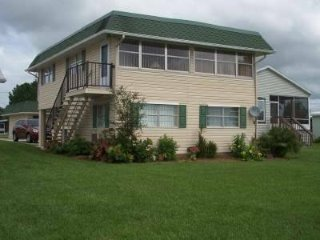 Beautiful 2 bedroom House in Avon Park with A/C - Avon Park vacation rentals