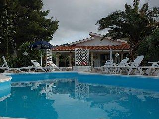 5 bedroom Villa in Castellamare del Golfo, Sicily, Italy : ref 2243271 - Scopello vacation rentals
