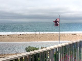 Beach FantaSea!  2bed, Ocean View, Pet Friendly - Santa Cruz vacation rentals