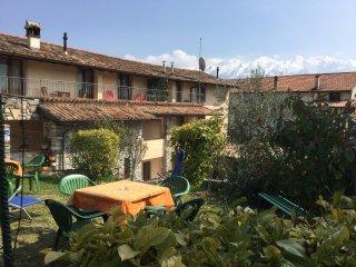 Bright 2 bedroom Apartment in Tremosine - Tremosine vacation rentals