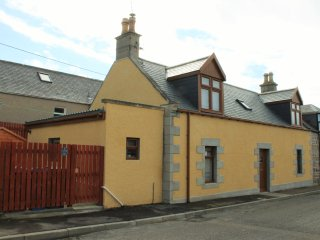 Fàilte-luxury self-catering cottage, Portknockie - Portknockie vacation rentals
