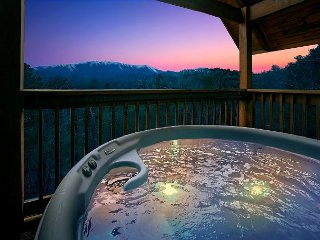 Romantic Getaway Cabin with Amazing Mountain Views - Gatlinburg vacation rentals