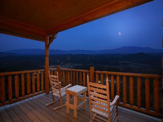 Enjoy Mountain Views from your Luxury 1 Bedroom Cabin - Sevierville vacation rentals