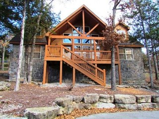 Stone's Throw - 4 bedroom 4 bath lodge located at gorgeous StoneBridge Resort - Branson West vacation rentals