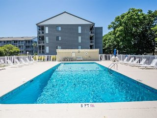 Nice & Convenient 2 Bedroom with Balcony and Pool - Shore Drive, Myrtle Beach - Myrtle Beach vacation rentals