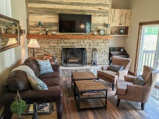 Spacious 3 Bedroom East Vail Condo with Amazing Views - Vail vacation rentals