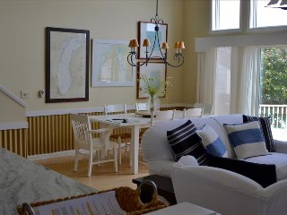 """""""Harbor Boat House"""" - Designer Style 2 Bedroom w/Loft Has Great Views of the Harbor - Manistee vacation rentals"""