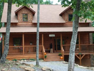 Three Bears Cabin on Sal Mountain, Helen, GA - Helen vacation rentals