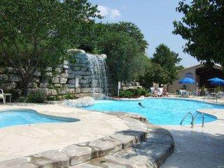 BRANSON [2 Bedroom Condo] WG Branson Lakes Resort - Hollister vacation rentals