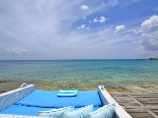 LA LUNA VILLA... 5BR Beach Front Villa in Beacon Hill, St Maarten - Beacon Hill vacation rentals