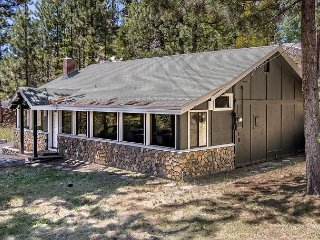 Minutes from Lake Tahoe & Heavenly with Deck and Hot Tub - Stateline vacation rentals