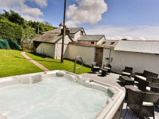 Gorgeous House with Internet Access and Dishwasher - Braunton vacation rentals