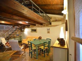 Romantico in centro storico passi dal mare Alghero - Alghero vacation rentals