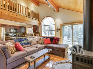 The Bears Lair *Newly Remodeled and New Hot Tub* - Truckee vacation rentals