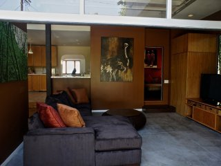 MODERN AND BEAUTIFULLY FURNISHED 4 BEDROOM, 2 BATHROOM APARTMENT - Los Angeles vacation rentals