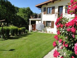 Gite du Jura avec sauna, classé 2 épis - Foncine-le-Haut vacation rentals
