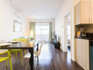 Quiet, Clean Condo, Near Metro, Shops, & More - Montreal vacation rentals