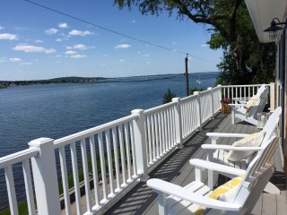 Ports View Cottage - Gourmet Kitchen & Water view - Tiverton vacation rentals