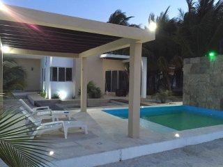 Preciosa Casa Veraniega en Telchac Puerto - Telchac Puerto vacation rentals