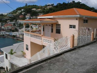 2 bedroom Apartment with Internet Access in Saint George's - Saint George's vacation rentals