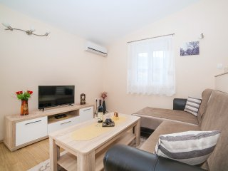 Apartments RBB-One-Bedroom Apartment with Balcony (4 Adults) 1 - Buljarica vacation rentals