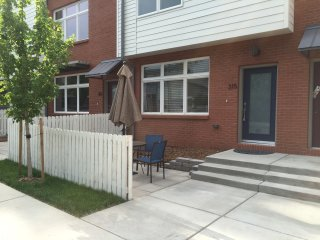 New 3br / 3.5 Bath Townhome (Old Town Lafayette) - Lafayette vacation rentals