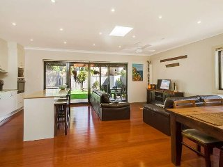 Cozy Maroubra House rental with Internet Access - Maroubra vacation rentals