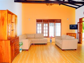 2 bedroom Condo with Internet Access in Galle - Galle vacation rentals