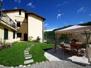 Agriturismo Ponterotto APARTMENT 3 SLEEPING - Ranzo vacation rentals