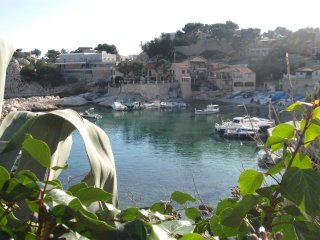 Nice Studio with Internet Access and Television - Le Rove vacation rentals