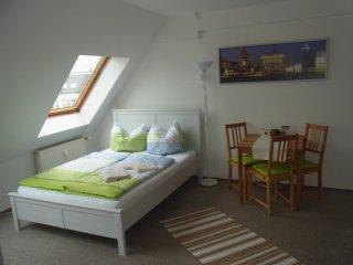 moderne Wohnung (Messe, Zentrum, Zoo) - Leipzig vacation rentals