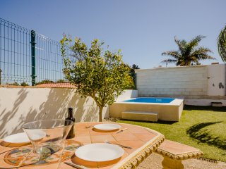 4 bedroom Villa with Internet Access in Conil de la Frontera - Conil de la Frontera vacation rentals