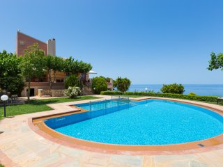 Villa Belle - High quality family villa with panoramic sea view! - Atsipópoulon vacation rentals