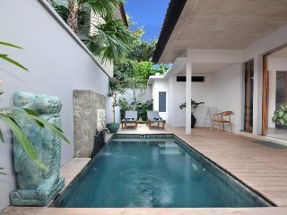 Romantic Villa with Internet Access and A/C - Sanur vacation rentals
