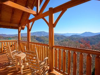 Incredible Mountain Views, Home Theater Room with 9 Foot Screen, Game Room, - Sevierville vacation rentals