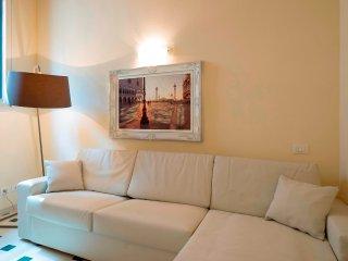 Cozy 2 bedroom Venice Apartment with Internet Access - Venice vacation rentals