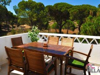 Vila Falésia, moradia a 150m da praia ideal para umas férias relaxantes - Albufeira vacation rentals