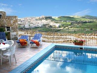 Ta' Xmun Farmhouse - Private pool, stunning views - Xaghra vacation rentals