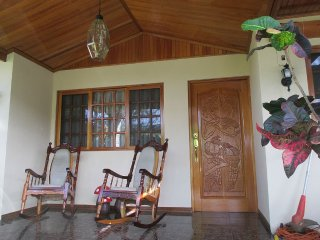 3 Bedroom Home in Costa Rica - Grecia vacation rentals