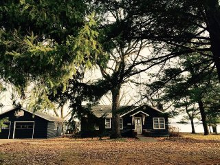 Cozy Cottage That Offers Awesome Fishing And Charm - Shell Lake vacation rentals