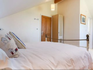 No. 18 Guest House - Junior suite - Falmouth vacation rentals