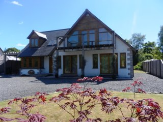 Spacious holiday home with moutain views near to Dalmally. - Dalmally vacation rentals