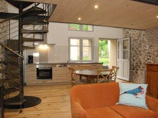 Gîte L'Atelier de la Maison longue à Châteldon 63 - Chateldon vacation rentals