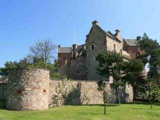 058-Restored Fortified Castle - Cupar vacation rentals