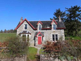 099-Traditional Country House - Newtonmore vacation rentals