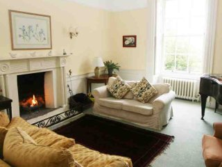 Perfect 8 bedroom House in Tarbert with Private Fishing - Tarbert vacation rentals
