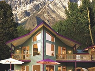 Riverfront Leavenworth Home with Mountain View - Leavenworth vacation rentals
